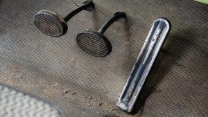 Jaki wpływ na sprzęgło samochodowe mają narzędzia warsztatowe?